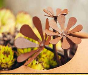 Blumenstrauss aus Edelrost